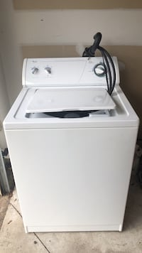 White top-load clothes washer Clarksburg, 20871