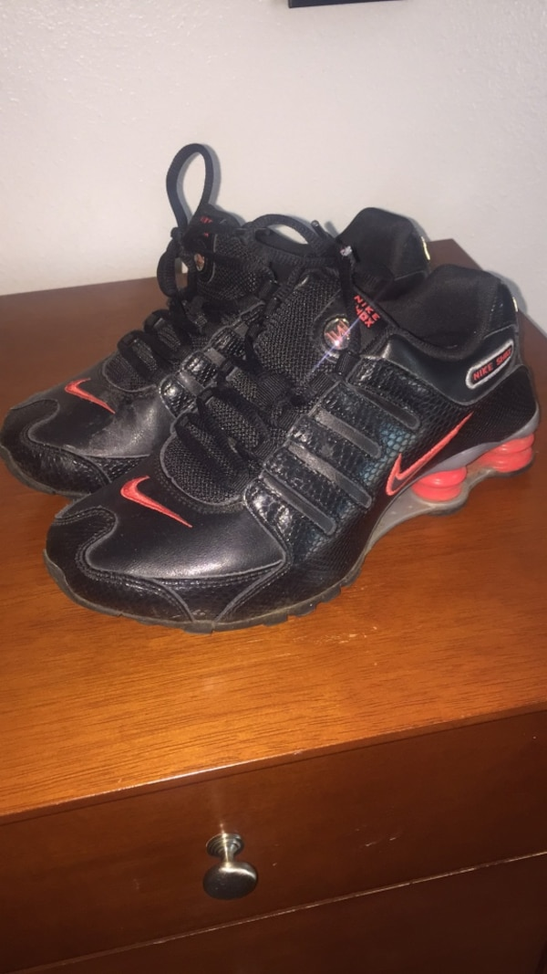 b8bf9a7ee754 Used Nike Shox Women size 7 for sale in West Covina - letgo