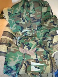 Old Army Uniforms- Jackets and Pants University Place, 98466