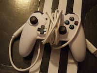 white and black Nintendo Gamecube game controller Chantilly, 20151