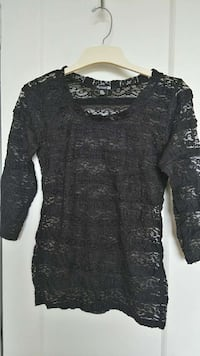 Forever21 lace top size S Ontario, M5P 3H9