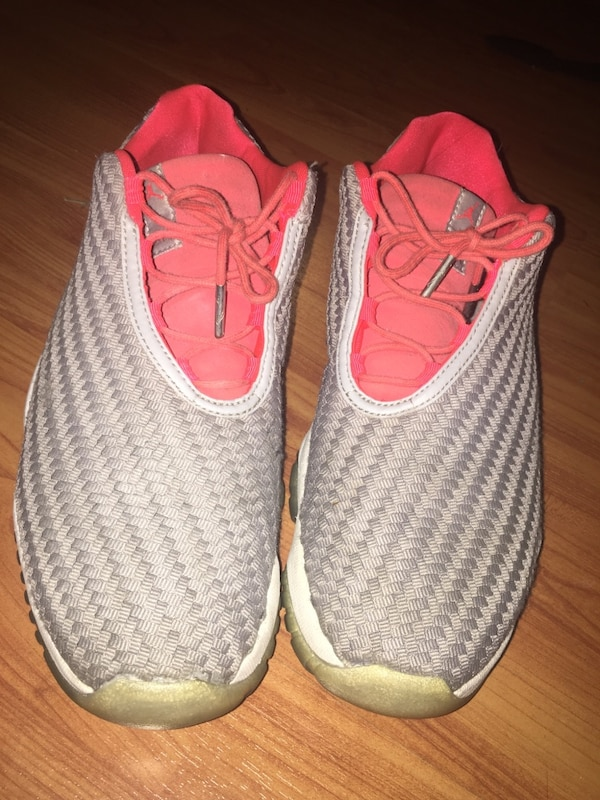 37c96290fd28f Used Jordan future wolf grey infrared for sale in Oakland - letgo