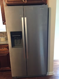 Gray side-by-side refrigerator with dispenser Virginia Beach, 23455