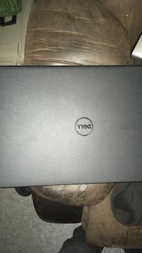 black HP laptop with AC adapter 41 km