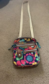 Lilly Bloom cross body bag Stephens City, 22655