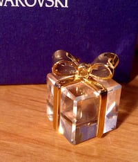 Swarovski Crystal gift Box London, N6E 2E9