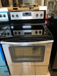 Whirlpool 4 Burner Electric Range  Elkridge, 21075