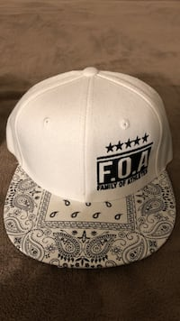 black and white paisley snapback cap Fresno, 93727