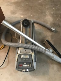 gray and black canister vacuum cleaner Concord, 28027