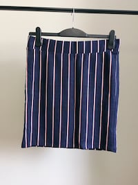 100%New- Striped Pencil Skirt/Kjol Nacka, 131 32
