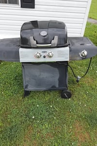 Uni-flame gas charcoal grill