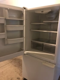 White top-mount refrigerator Las Vegas, 89107