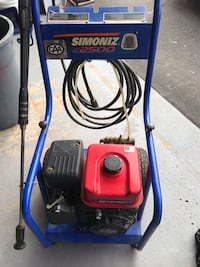 Blue and red troy-bilt pressure washer very good condition Vaughan, L6A 1L8