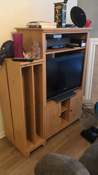 Tv stand with dvd cases . I have all the blocks to divide the dvds . Need gone ASAP Kansas City, 64137