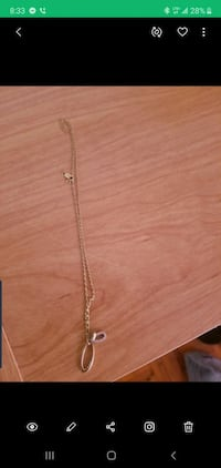 10k gold chain with pendent Toronto, M6N