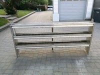 Aluminum shelve in very good condition  Mississauga, L5J 4L6