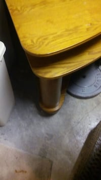 Beautiful Large Solid Wood Lift Top Coffee Table