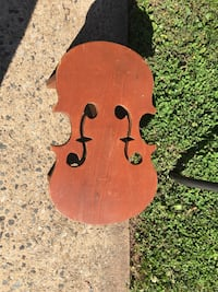 Brown music note step stool