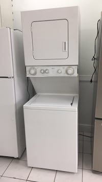 """27"""" Stackable Washer and Dryer Combo  Hialeah, 33012"""