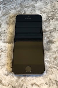 Space gray iphone 6 with case Lincoln, L0R