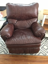 Faux brown leather recliner  Newport News, 23607
