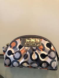 Coach makeup bag Milton