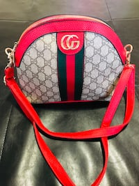 Gucci crossbody purse  Calgary, T3J 0J4