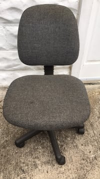black and gray rolling chair Hyattsville, 20781