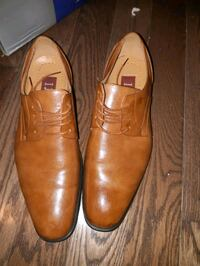 Men's leather dress shoe