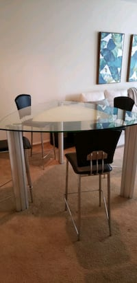 Dinning glass high table Delray Beach, 33445