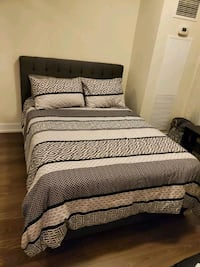 Double size bed like new Brampton, L6P 0N6
