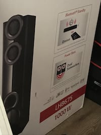 1000watt lg blu Ray DVD 3D home theatre system with built in subs Saskatoon, S7M 3E3