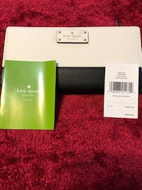 100% Authentic Kate Spade wallet 39 km