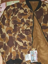 Awesome condition camo down jacket Medford, 97501