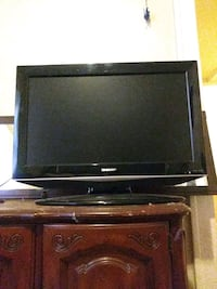 Sharp tv with dvd player Kansas City, 64124
