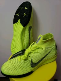 Nike Mercurial Flyknit size 9 Mississauga, L5V 2X4