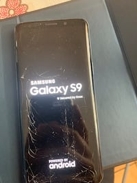 Cracked s9 for sale body in good condition  Toronto, M1R 2G7