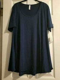 Lualroe large navy blue perfect tee Queens, 11385