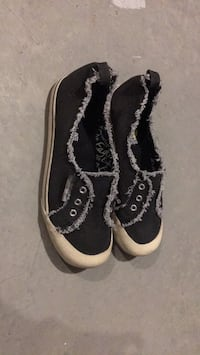 Pair of black-and-white sneakers. Ladies 7 1/2 Spruce Grove, T7X 4P6