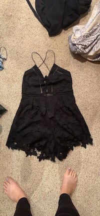 Black romper. Barely worn  Vaughan, L4J 3J8