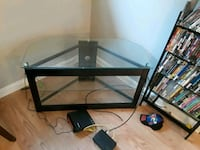 Glass tv stand Akron, 44312