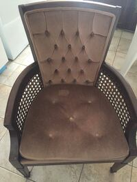 Living room chair 2 pairs Calgary, T3J 2A2
