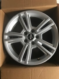 17 inch Ford Mustang Wheels (set of 4) WANTAGH