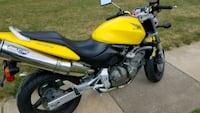 yellow and black naked motorcycle Chantilly, 20151