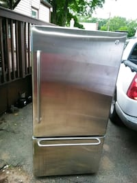 stainless steel top-mount refrigerator Manchester, 06042