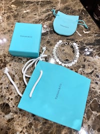 RETURN TO TIFFANY® Multi–heart Tag Bracelet size M Vienna, 22182