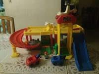 Fisher Price Helicopter Landing with Mechanic Shop North Miami, 33167