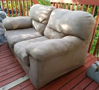 Light gray color love seat Vaughan, L4J 5L5