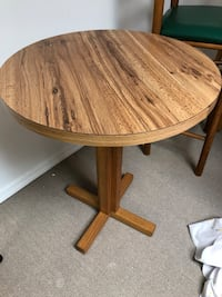 Table Closter, 07624