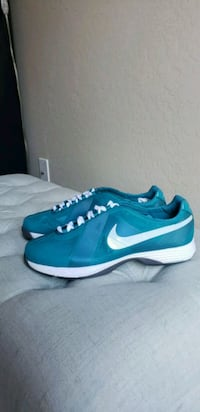 Women's Nike Hyperfuse Golf Shoes Chandler, 85248